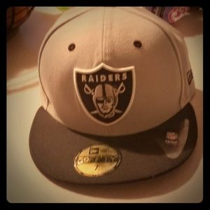 Fitted Raiders hat